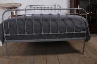 Fashionable Simple English King Size Iron Bed (7 of 7)