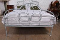 Early Victorian All Iron King Size Bedstead (2 of 10)
