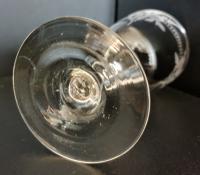 Beautiful Hand Engraved Edwardian Wine Glass c.1905 (5 of 5)