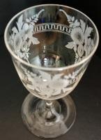 Beautiful Hand Engraved Edwardian Wine Glass c.1905 (4 of 5)
