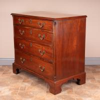 Small 19th Century Mahogany Chest of Drawers (6 of 15)
