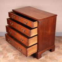 Small 19th Century Mahogany Chest of Drawers (8 of 15)