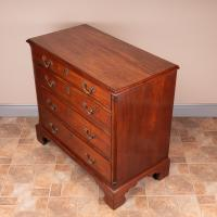 Small 19th Century Mahogany Chest of Drawers (11 of 15)