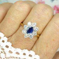 Vintage 18ct Sapphire & Diamond Oval Cluster Engagement Ring ~ with Independent Valuation (6 of 10)