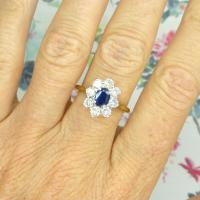 Vintage 18ct Sapphire & Diamond Oval Cluster Engagement Ring ~ with Independent Valuation (9 of 10)