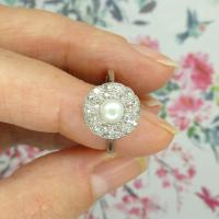 1920s Art Deco 18ct White Gold Platinum Old Cut Diamond & Pearl Cluster Ring (7 of 10)