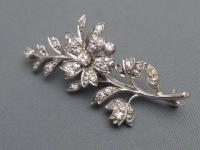 14ct Gold Diamond Brooch (2 of 5)
