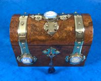 Victorian Burr Walnut Stationary Box with Wedgwood Plaques (5 of 14)