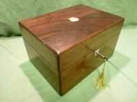 Fully Fitted Rosewood Jewellery – Vanity Box c.1870 (2 of 14)