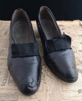Antique Ladies Leather Shoes, Bow Front c.1910 (3 of 11)