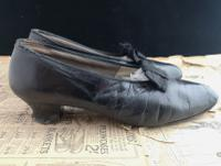 Antique Ladies Leather Shoes, Bow Front c.1910 (6 of 11)