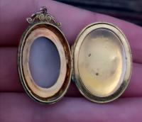 Antique Cameo Locket, 9ct Gold Pendant (6 of 11)