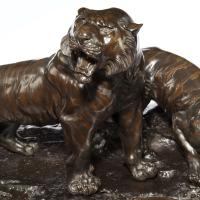 Fine & Large Meiji Period Bronze of Two Tigers by Genryusai Seiya (3 of 8)