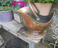 Victorian Copper Helmet Style Coal Bucket (2 of 5)