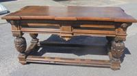 Late 17th Century Oak Centre Table (5 of 6)