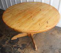 1940s Country Pine Round Dining Table on Base (2 of 4)