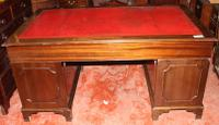 1960s Mahogany Pedestal Desk with Red Leather Inset (2 of 4)