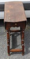 1800s Small Oak Gateleg Table with Drawer (2 of 4)