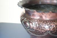 Art Nouveau / Arts & Crafts Copper Jardiniere, Stylised Floral Decoration / Pie-Crust Lip c.1900 (15 of 21)