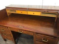 Oak Tambour Front Lockable Desk (8 of 8)