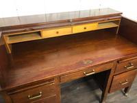 Oak Tambour Front Lockable Desk (7 of 8)