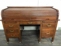 Oak Tambour Front Lockable Desk (3 of 8)