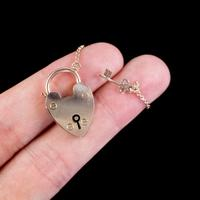 Antique Victorian Heart Padlock with Key 9ct Gold Lewis Brothers c.1890 (3 of 4)