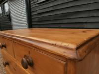 Outstanding 19th Century Pine Small Farmhouse Style Chest of Drawers (12 of 12)