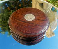 Rare 18th Century Georgian Oak Wood & Solid Silver Cartouche Circular Snuff Box c.1780 (5 of 8)
