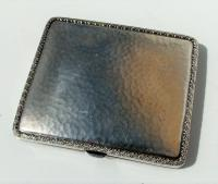 Rare Stunning Austrian  Solid Silver Planished Finish Cigarette / Card Case c.1900 (5 of 12)