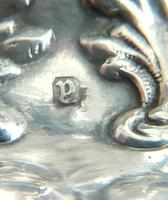 Beautiful Victorian Barker Bros Solid Silver Bulbous Fluted Design Pounce Pot     Birmingham 1898 (11 of 12)