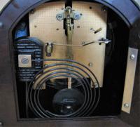 Delightful Late 1940s Bakelite Mantel Clock by Enfield (5 of 5)