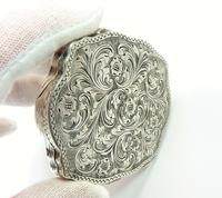 Engraved Silver Compact Mirror (5 of 6)