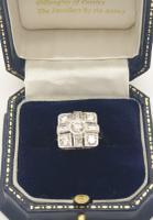 18ct Wg Square Cluster (6 of 8)