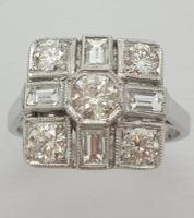 18ct Wg Square Cluster (5 of 8)