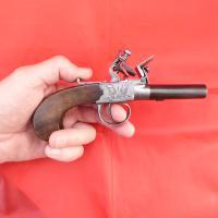 Scottish Flintlock Pocket Pistol (4 of 6)