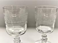 Pair of Edwardian Etched Port Glasses (3 of 5)