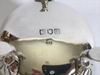 An Individual Victorian Silver Cream or Sauce Boat (5 of 5)