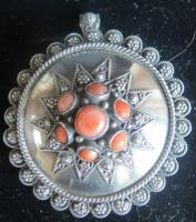 Super Quality Antique Silver & Coral Pendant Brooch