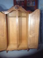 French Oak Carved Armoire (13 of 14)
