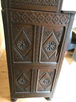 Excellent 17th Century Shropshire Hand Carved English Oak Court Cupboard (5 of 7)