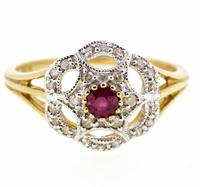 9ct Yellow Gold Antique Style Ruby & Diamond Cluster Ring