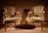 Louis XV Style Finely Carved Gildwood & Original Aubusson Tapestry Cabriolet Pair of Armchairs, 19th Century (17 of 18)