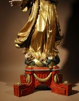 Beautiful Finely Carved and Original Gilded Madonna & Child (7 of 15)