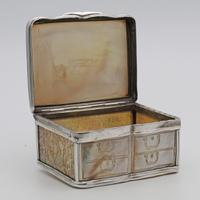 18th Century French Novelty Snuff Box (2 of 6)