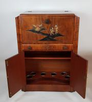 Walnut Cocktail Drinks Cabinet (2 of 6)