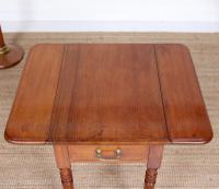 Victorian Petite Mahogany Drop Leaf Pembroke Table (9 of 11)