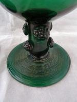 Pair of Georgian / Victorian Dark Green Glass Rummers. (2 of 8)