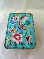 Late 19th Century Chinese Canton Enamel Box (2 of 6)