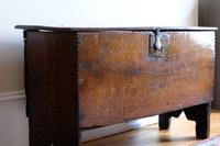 17th Century Oak Six Panel Coffer, Gouged Borders, V Cut Ends (2 of 12)
